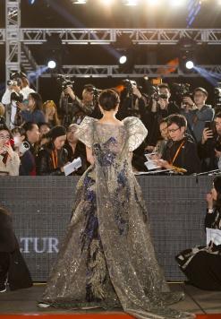 Carina Lau in Elie Saab Fall 2019 Couture-7