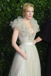 Cate Blanchett in Armani Privé Fall 2019 Couture-4