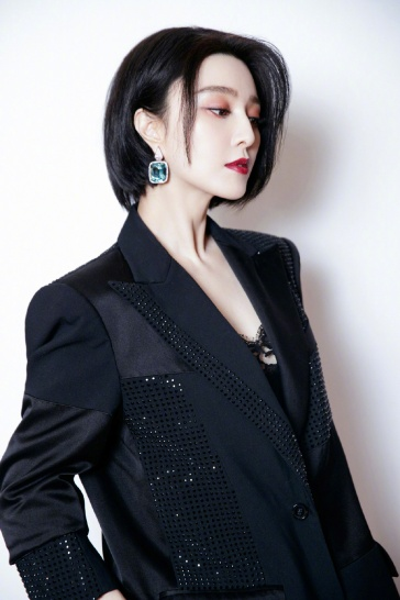 Fan Bingbing in Prabal Gurung Resort 2020-7
