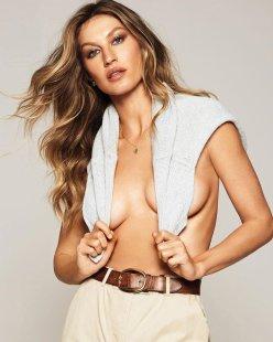 Gisele Bundchen Harper's Bazaar Russia January 2020-4