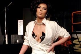 Kim Kardashian West 7HOLLYWOOD Winter 2020-5