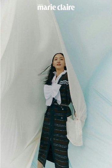 Kim Ko-eun for Marie Claire Taiwan December 2019-8