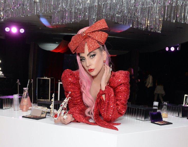 Ladu Gaga in Christian Cowan Spring 2020-14