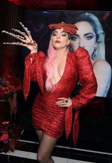 Ladu Gaga in Christian Cowan Spring 2020-15