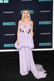 Margot Robbie in Giambattista Valli Fall 2019 Couture-3