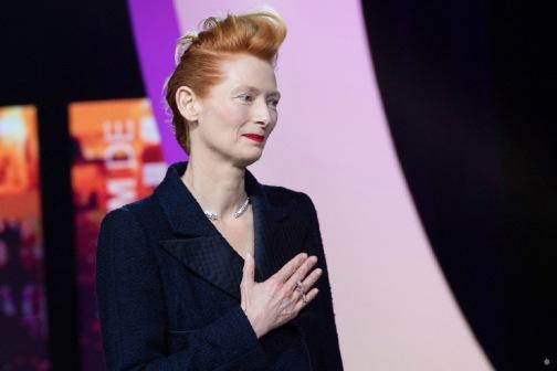 Tilda Swinton in Chanel Fall 2019 Couture-1