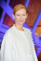 Tilda Swinton in Loewe Spring 2020-3