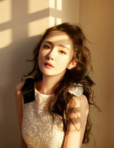 Yang Mi in Chanel Resort 2020-2