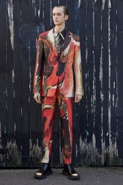 Alexander McQueen Fall 2020 Menswear Look 22