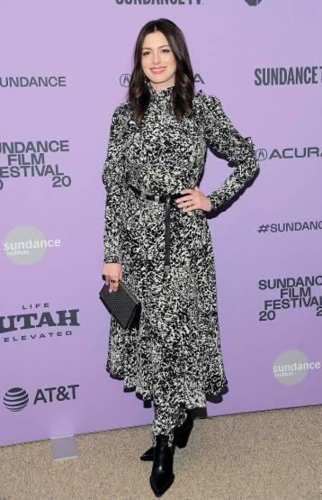 Anne Hathaway in Michael Kors Pre-Fall 2020-2
