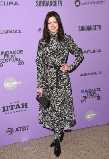 Anne Hathaway in Michael Kors Pre-Fall 2020-9