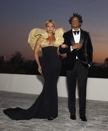 Beyonce in Schiaparelli