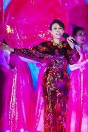Carina Lau in Versace Spring 2020-3