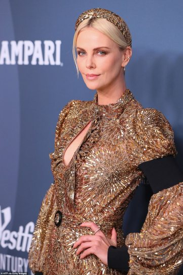 Charlize Theron in Louis Vuitton-4