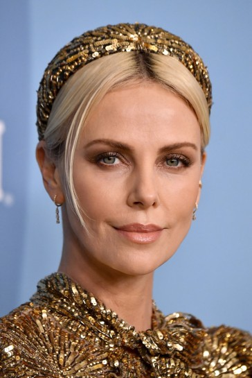 Charlize Theron in Louis Vuitton-7