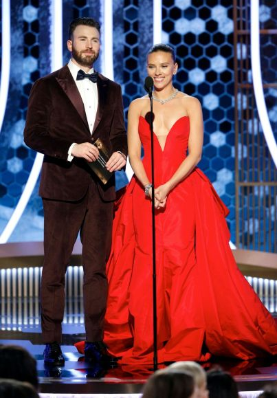 Chris Evans and Scarlett Johansson-1