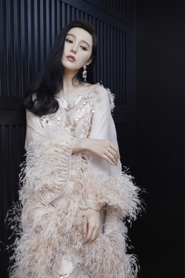 Fan Bingbing in Ralph & Russo Spring 2019 Couture-5