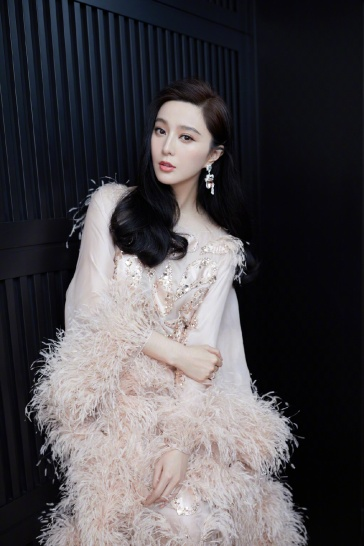 Fan Bingbing in Ralph & Russo Spring 2019 Couture-6