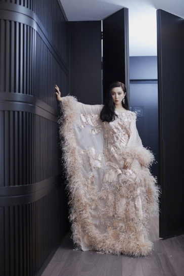 Fan Bingbing in Ralph & Russo Spring 2019 Couture-7