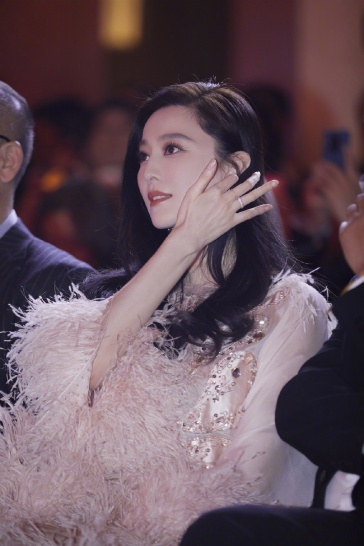 Fan Bingbing in Ralph & Russo Spring 2019 Couture-8