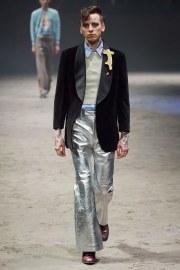 Gucci Fall 2020 Menswear Look 1