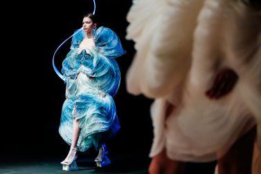 Iris van Herpen Spring 2020 Couture-12