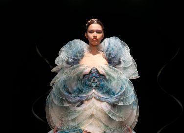 Iris van Herpen Spring 2020 Couture-21