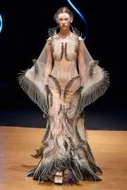 Iris van Herpen Spring 2020 Couture Look 14