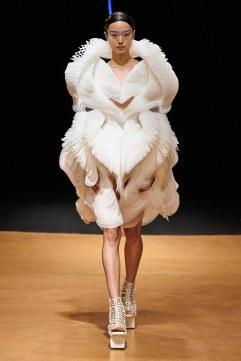 Iris van Herpen Spring 2020 Couture Look 19