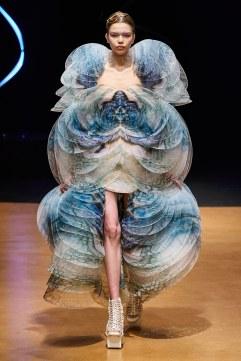 Iris van Herpen Spring 2020 Couture Look 20