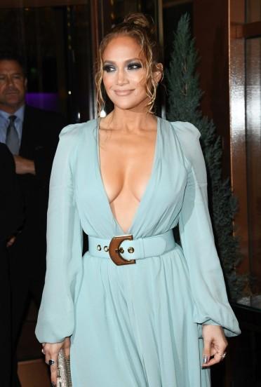 Jennifer Lopez in Elie Saab Spring 2020-3