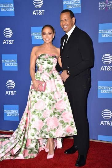 Jennifer Lopez in Richard Quinn Spring 2020-1