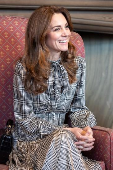 Kate Middleton in ZARA-4