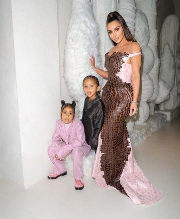 Kim Kardashian West in Dior Fall 2000-5