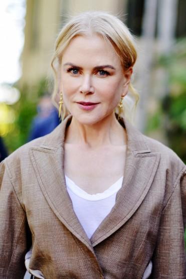 Nicole Kidman in Chloe Spring 2020-4