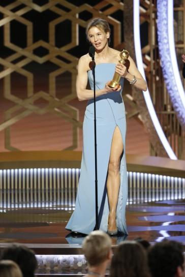 Renée Zellweger in Armani Prive-10