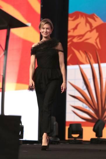 Renee Zellweger in Jason Wu Spring 2020-11