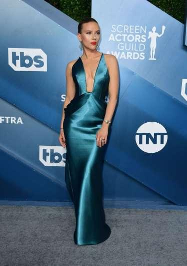Scarlett Johansson in Armani Prive-9