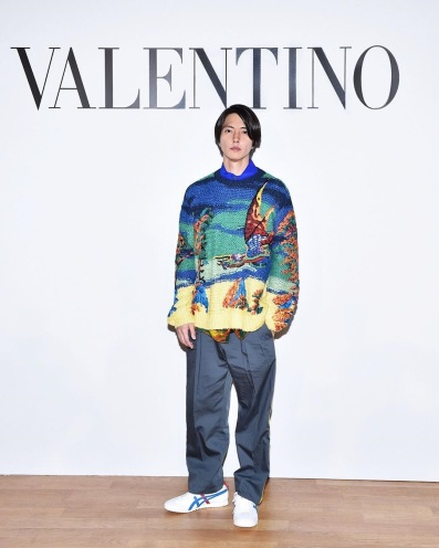 Tomohisa Yamashita in Valentino Spring 2020 Menswear-3