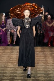 Viktor & Rolf Spring 2020 Couture Look 10