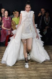 Viktor & Rolf Spring 2020 Couture Look 15