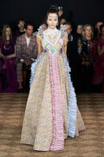 Viktor & Rolf Spring 2020 Couture Look 22