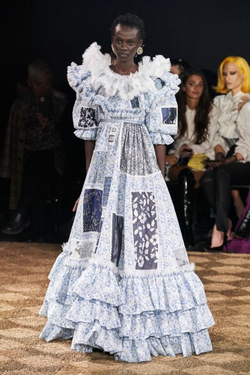 Viktor & Rolf Spring 2020 Couture Look 24