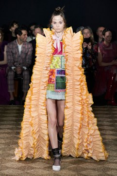 Viktor & Rolf Spring 2020 Couture Look 7
