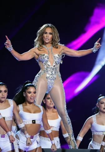 2020 Super Bowl Halftime Show Jennifer Lopez and Shakira-10