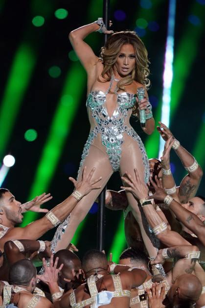 2020 Super Bowl Halftime Show Jennifer Lopez and Shakira-12