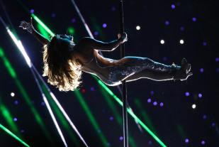 2020 Super Bowl Halftime Show Jennifer Lopez and Shakira-13