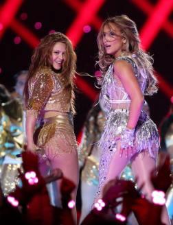 2020 Super Bowl Halftime Show Jennifer Lopez and Shakira-14