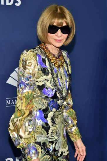 Anna Wintour in Louis Vuitton Spring 2020-4