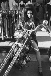 Cher &Naomi Campbell &Kim Kardashian for CR Fashion Book 16th Edition-8
